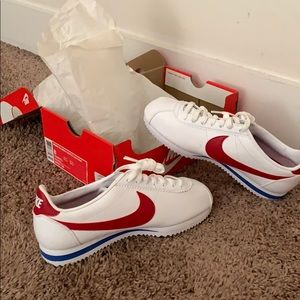 Women's classic Cortez Leather sneakers